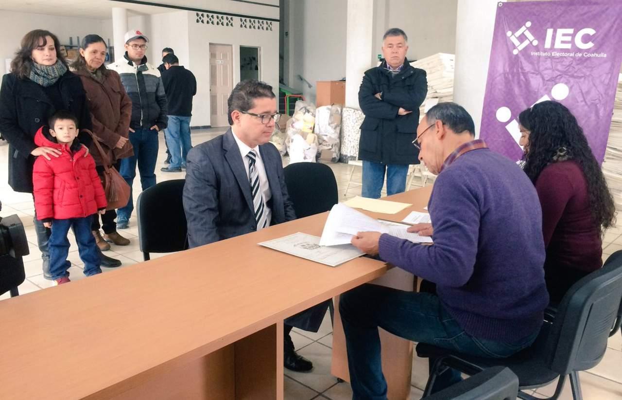 Se registra Ignacio Corona como independiente
