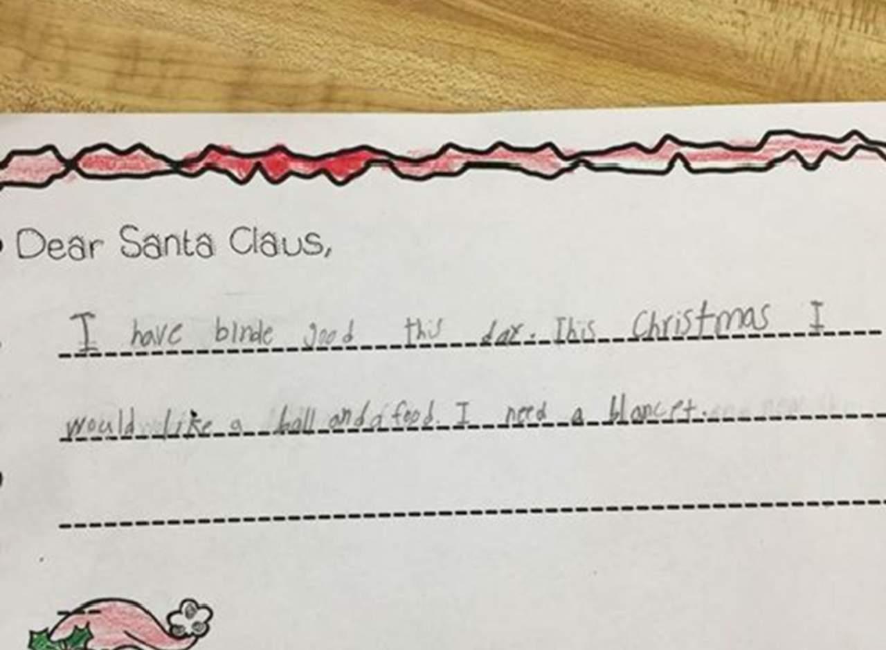 Niña pide en su carta a Santa comida y una frazada