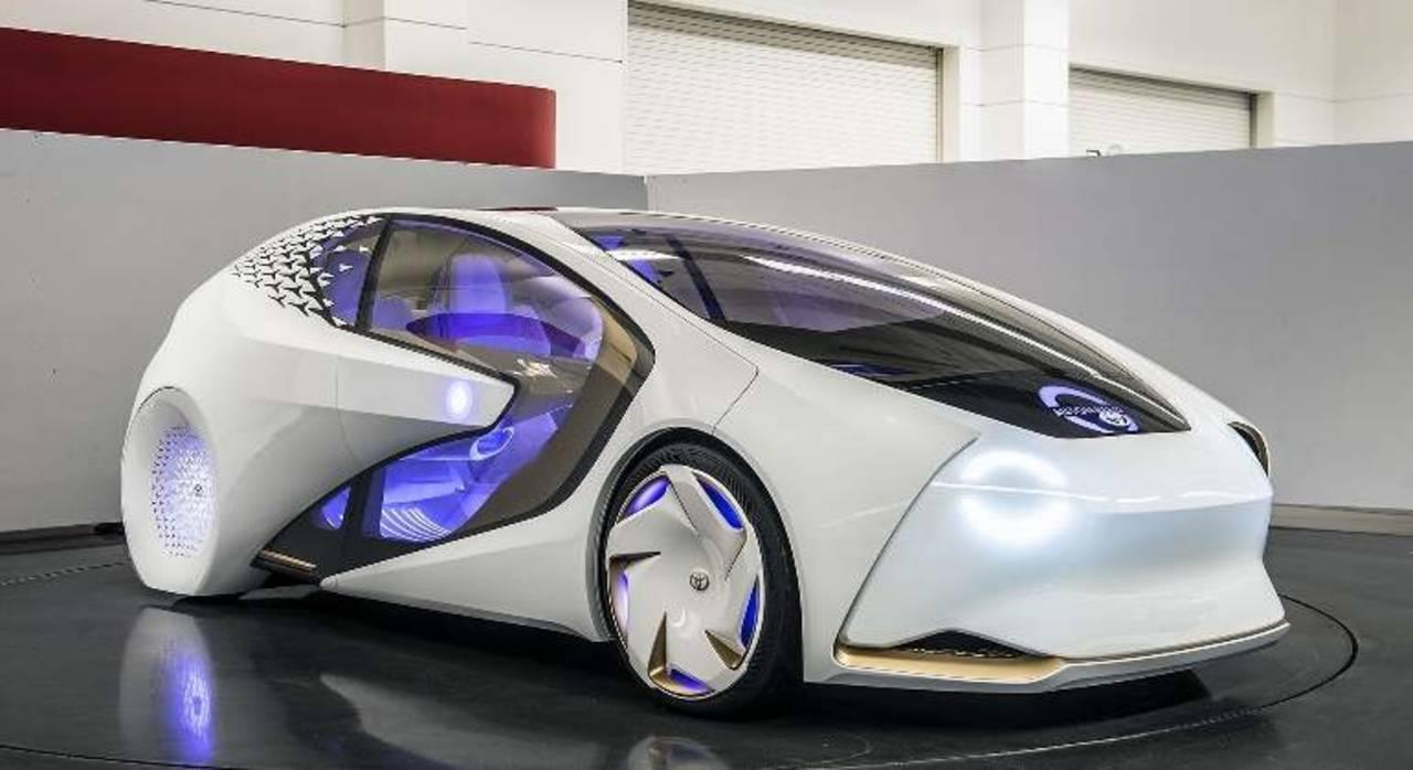 Presenta Toyota vehículo autónomo