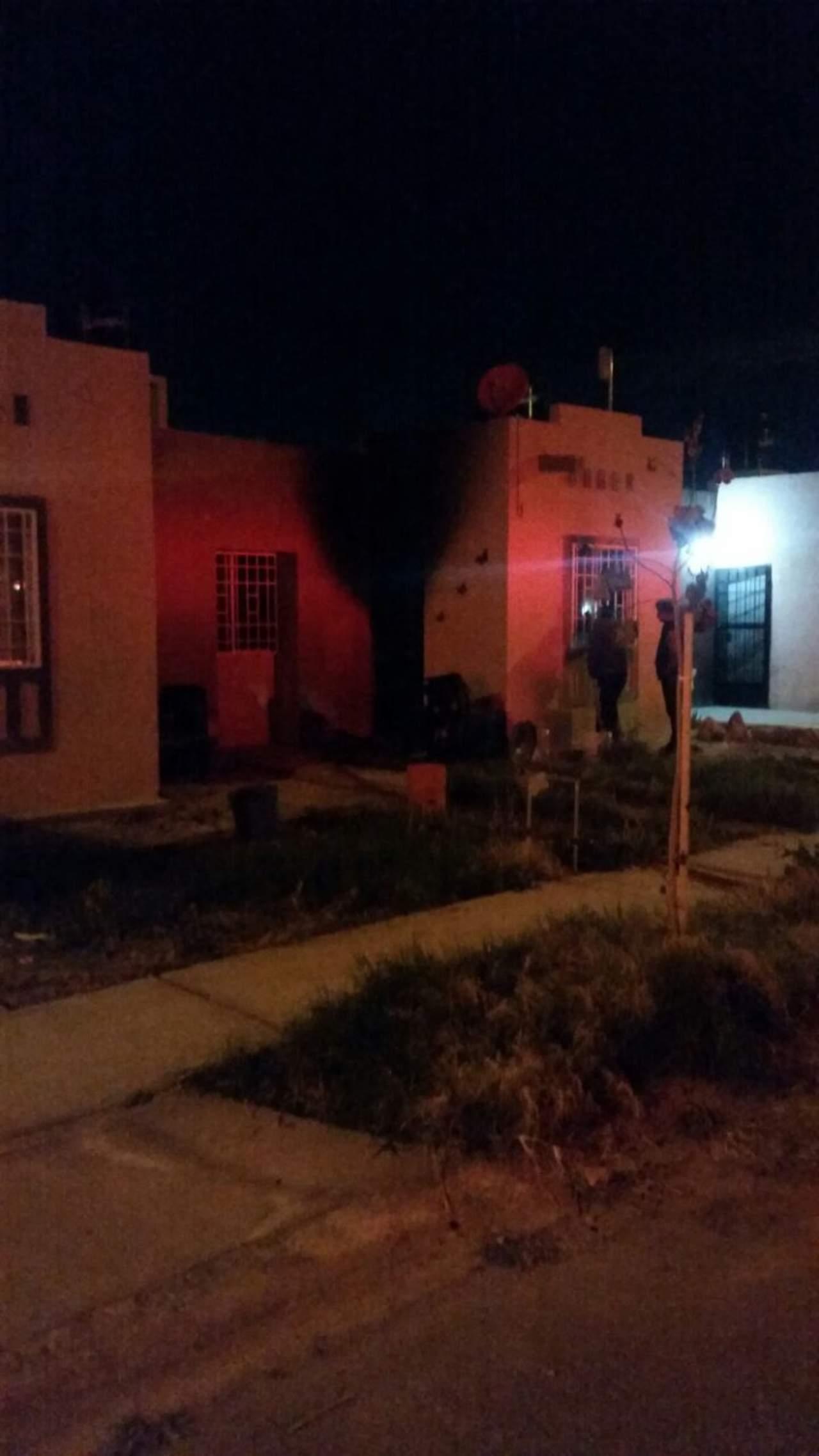 Se incendia domicilio en la colonia Hacienda Santa María