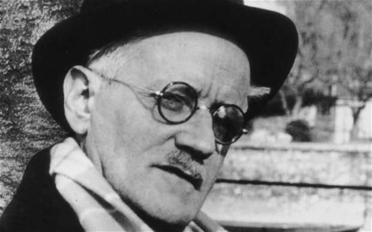1941: Fallece James Joyce, escritor reconocido por su agudeza psicológica y sus innovadoras técnicas literarias