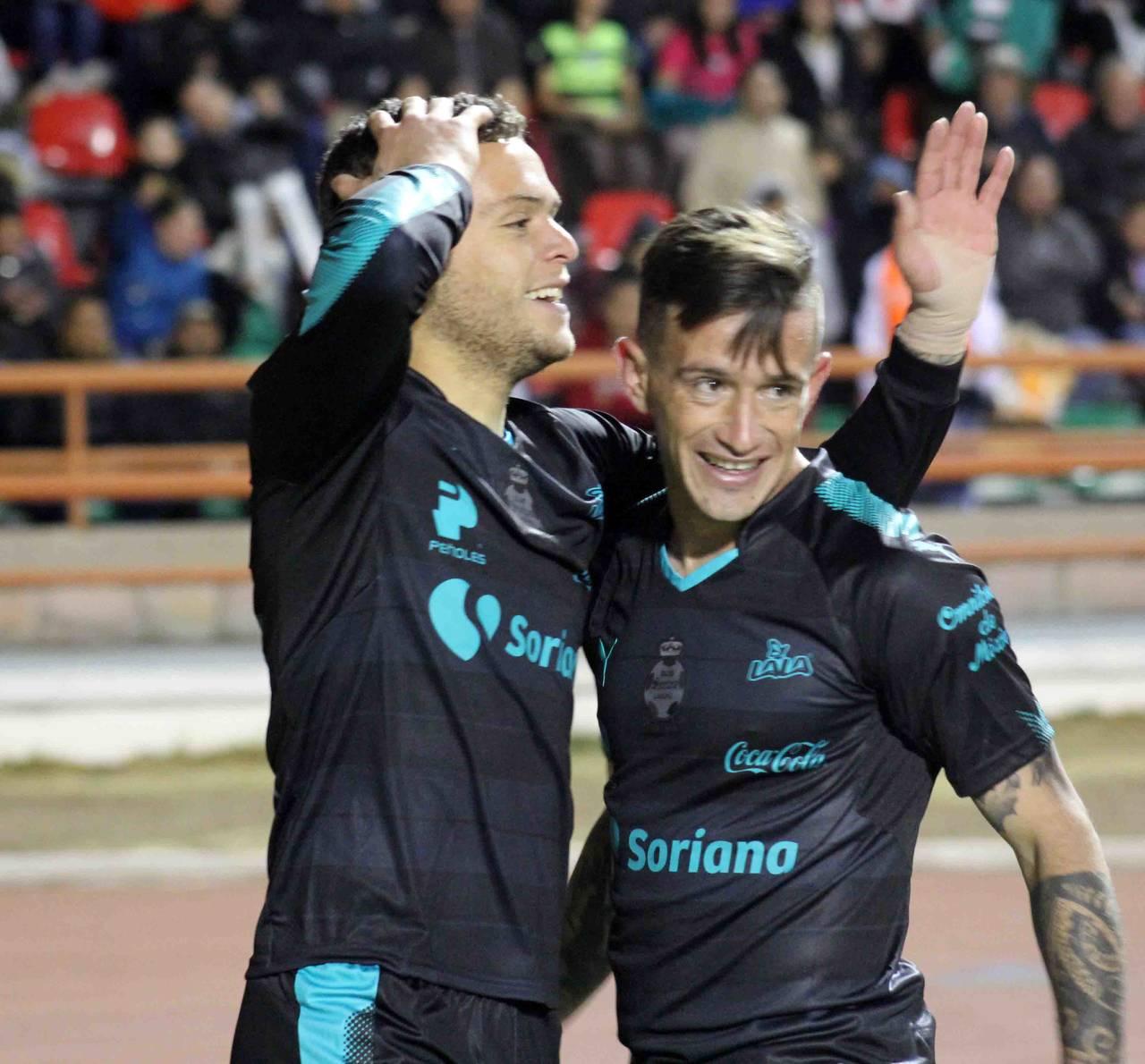Santos gana y es líder en Copa MX