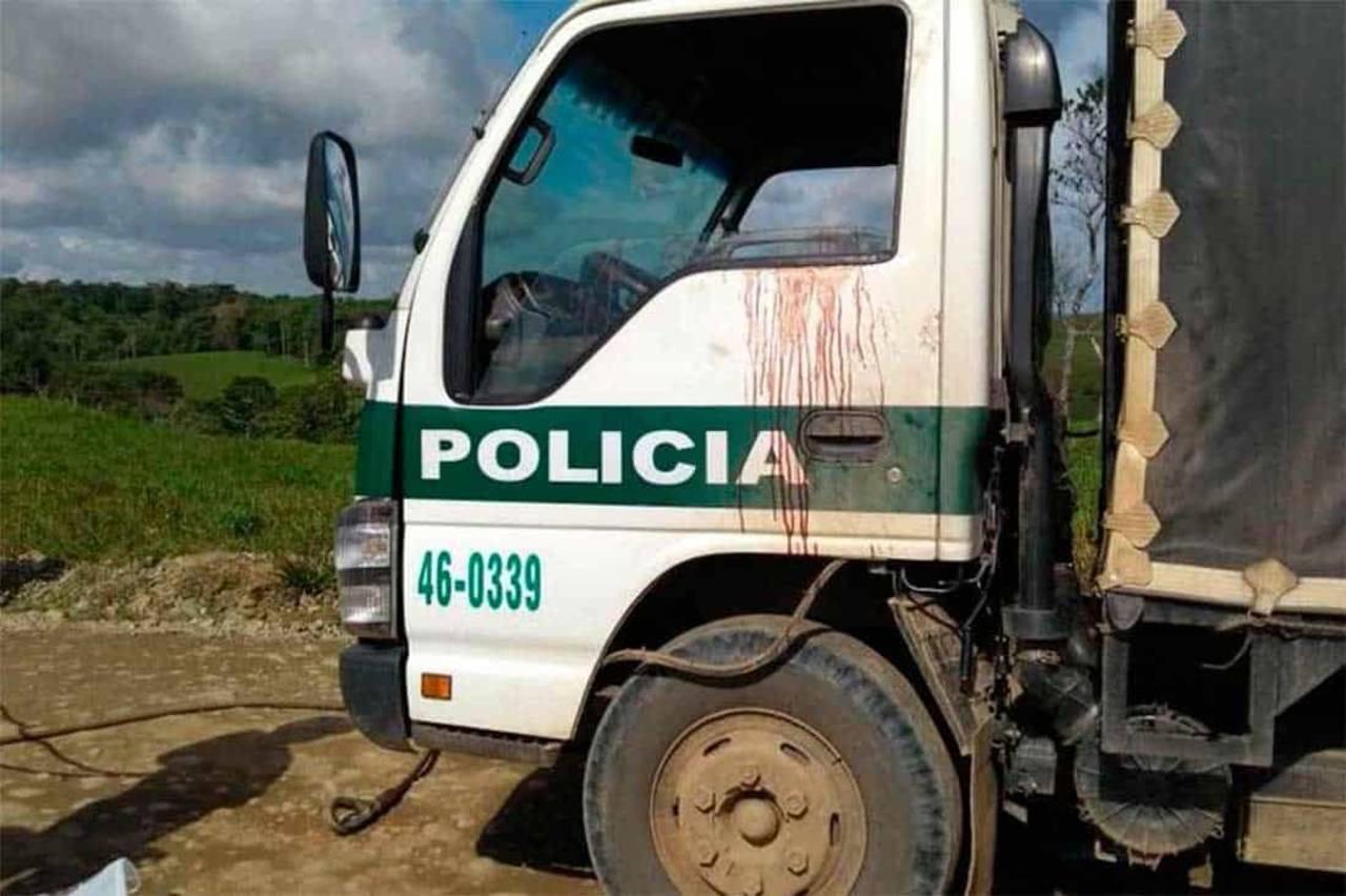 Emboscada de disidentes de las FARC hiere a seis policías
