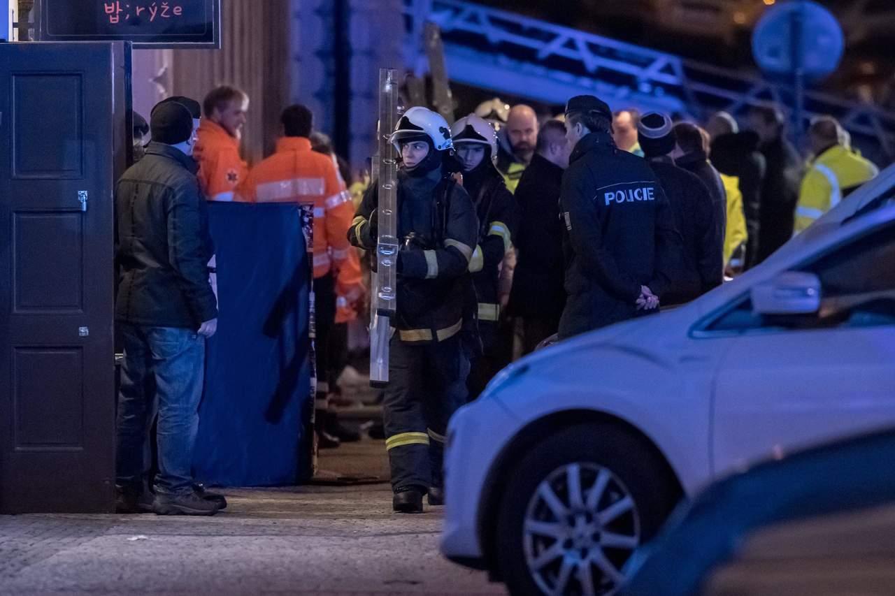 Incendio en hotel de Praga deja dos muertos