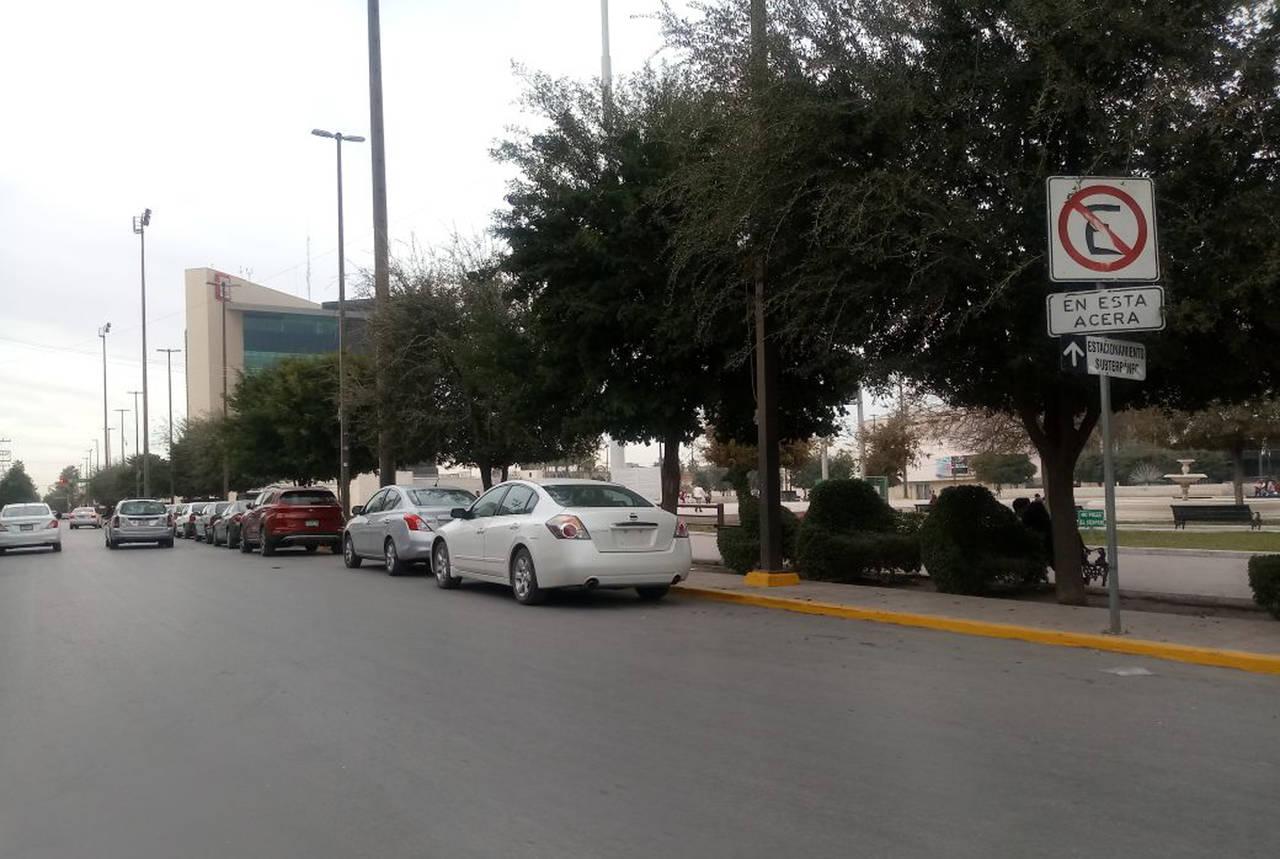 Prohíben aparcar alrededor de la Plaza Mayor