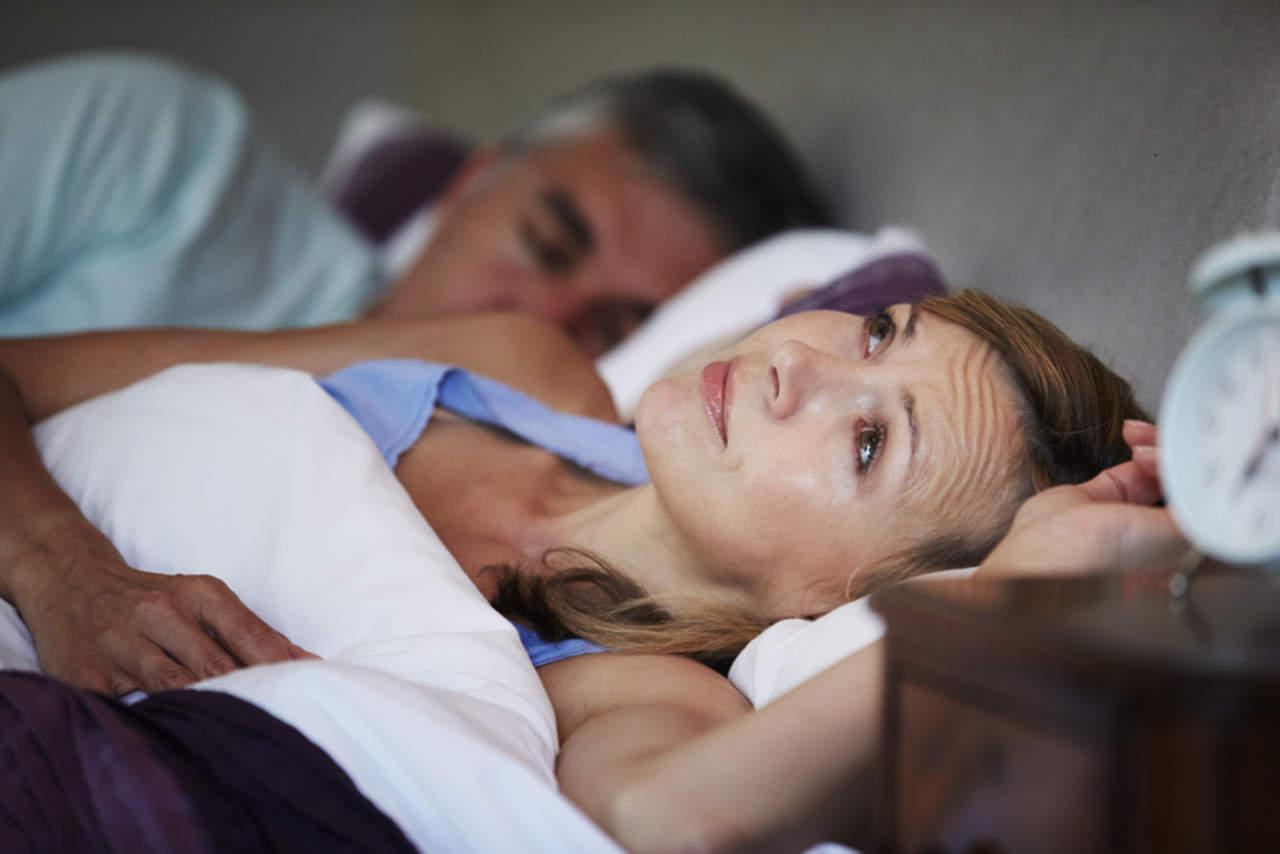 Afectaciones del sueño, signo temprano de Alzheimer