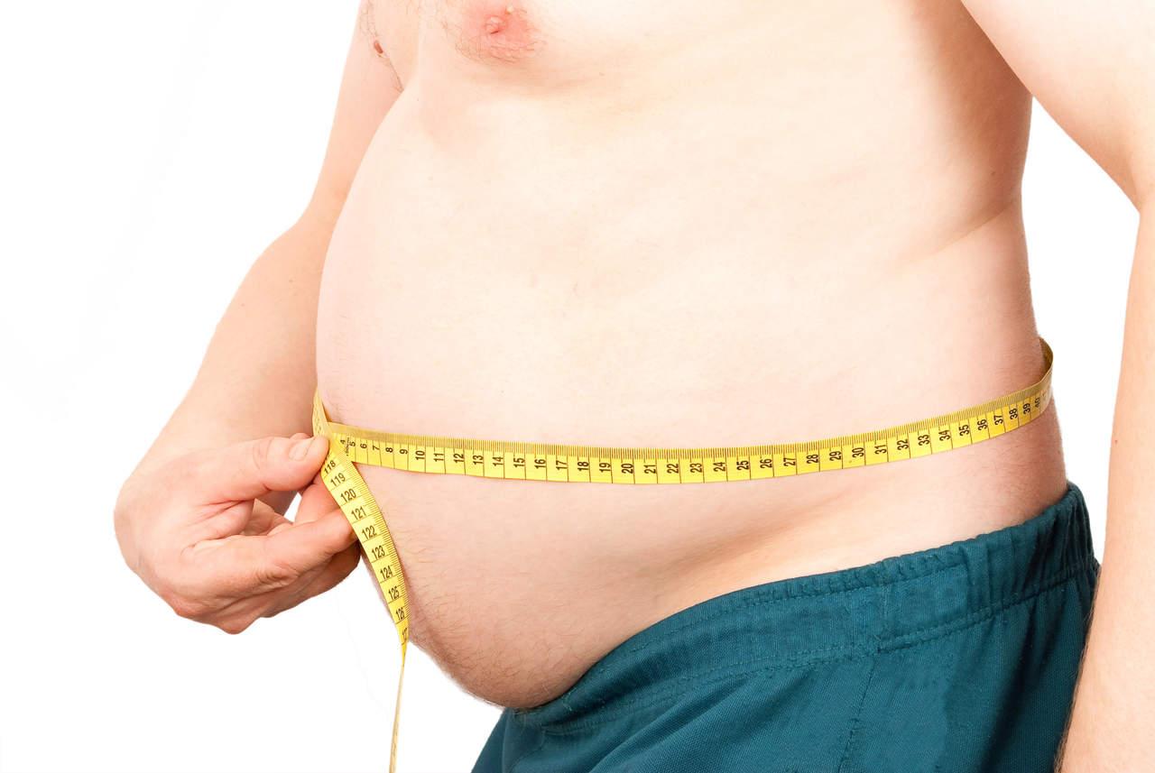 Estar de pie unas horas puede ayudar a perder peso