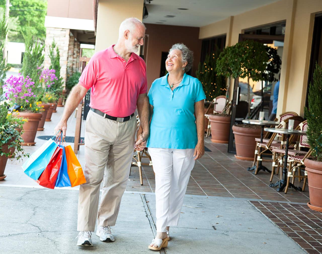 Actividades recreativas y mentales previenen Alzheimer, señala neurólogo