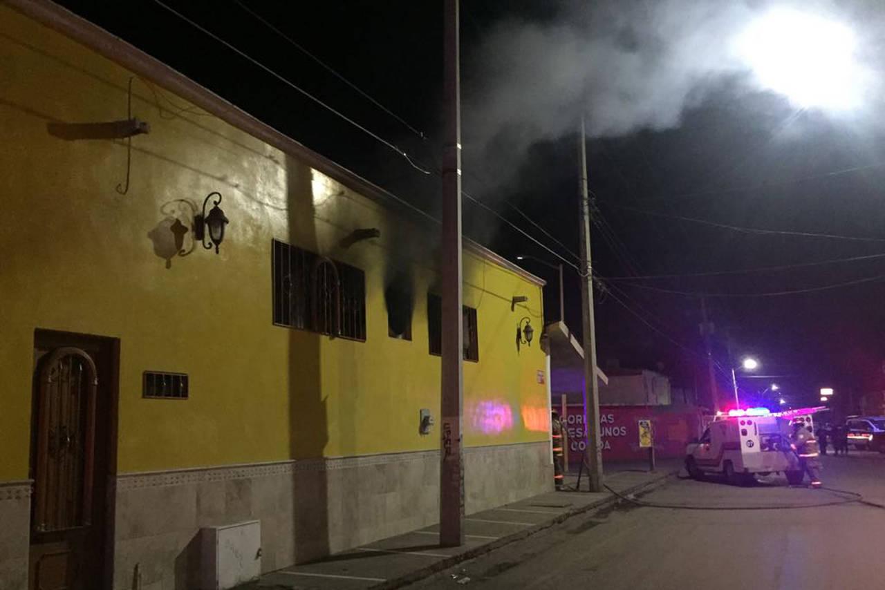 Fuego consume tortillería en Gómez Palacio