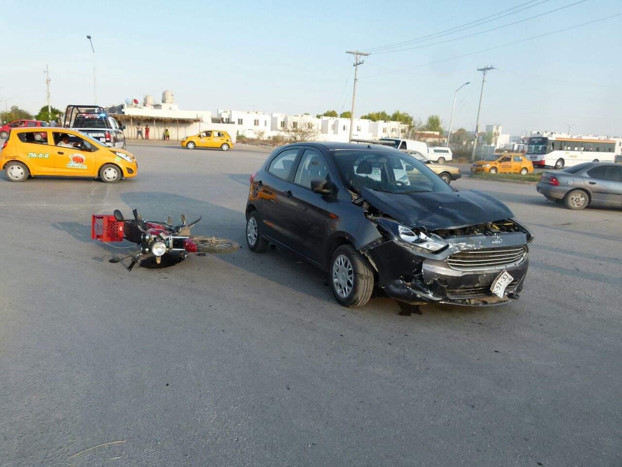 Muere motociclista tras ser embestido por automóvil en Loma Real II