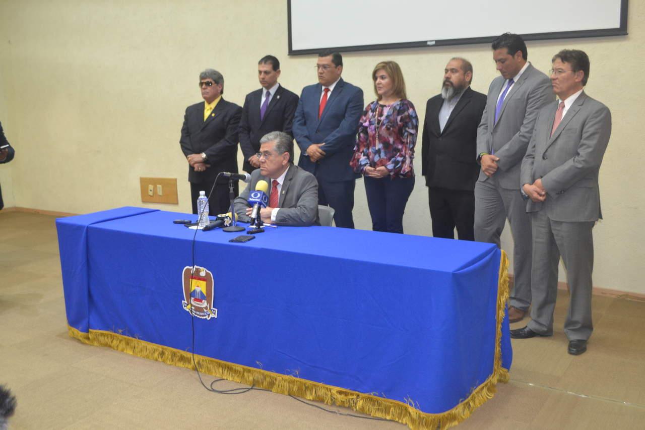 Salvador Hernández anuncia nombramientos en la UAdeC