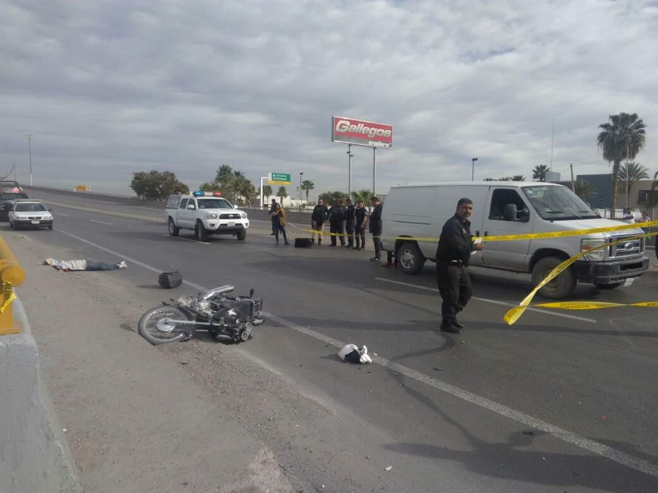 Detienen a trailero que arrolló a motociclista en el periférico