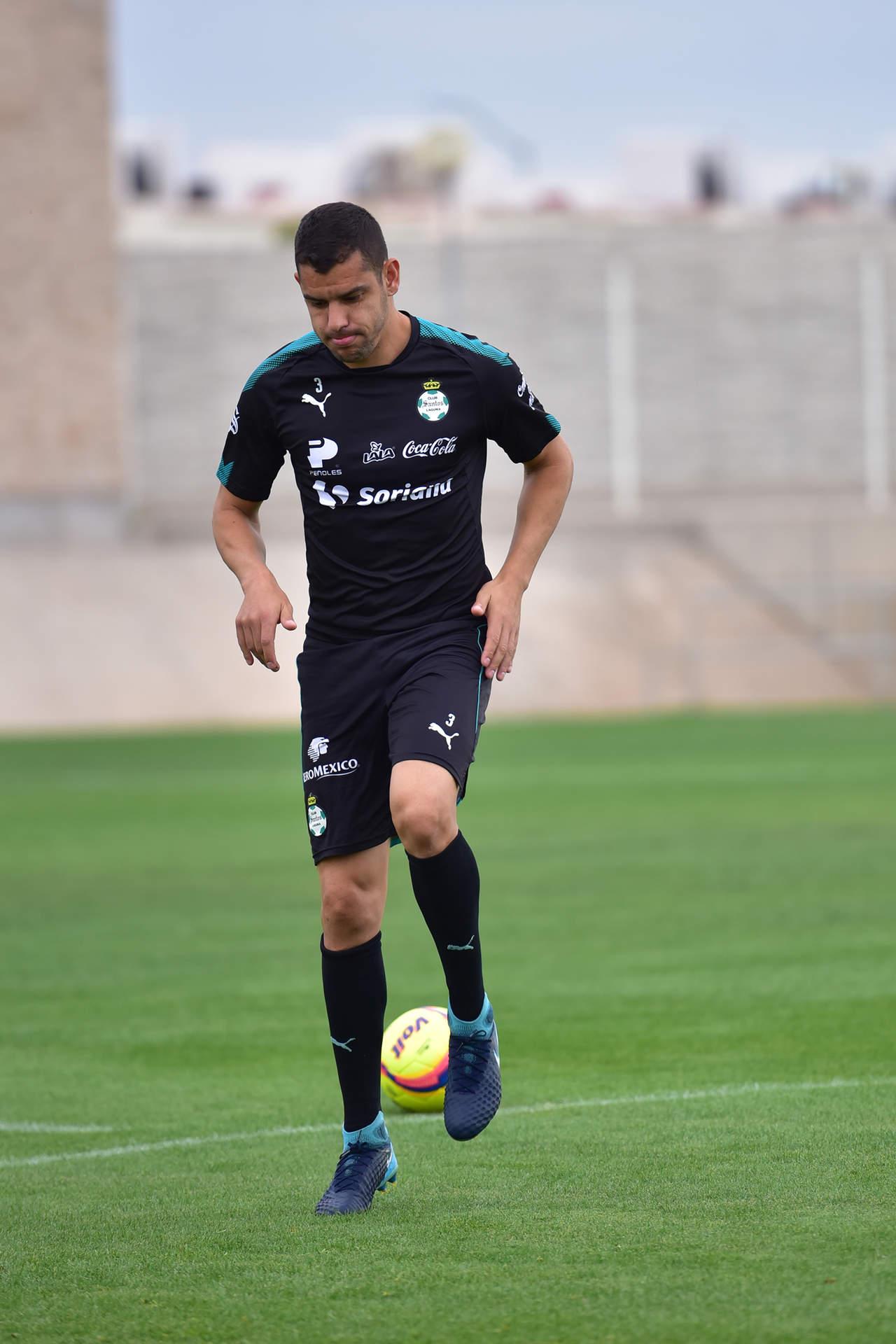 Gerardo Alcoba está contento en Santos