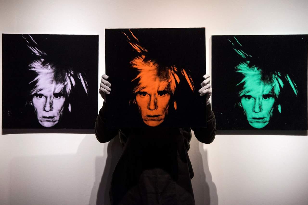 Seis autorretratos, de Andy Warhol