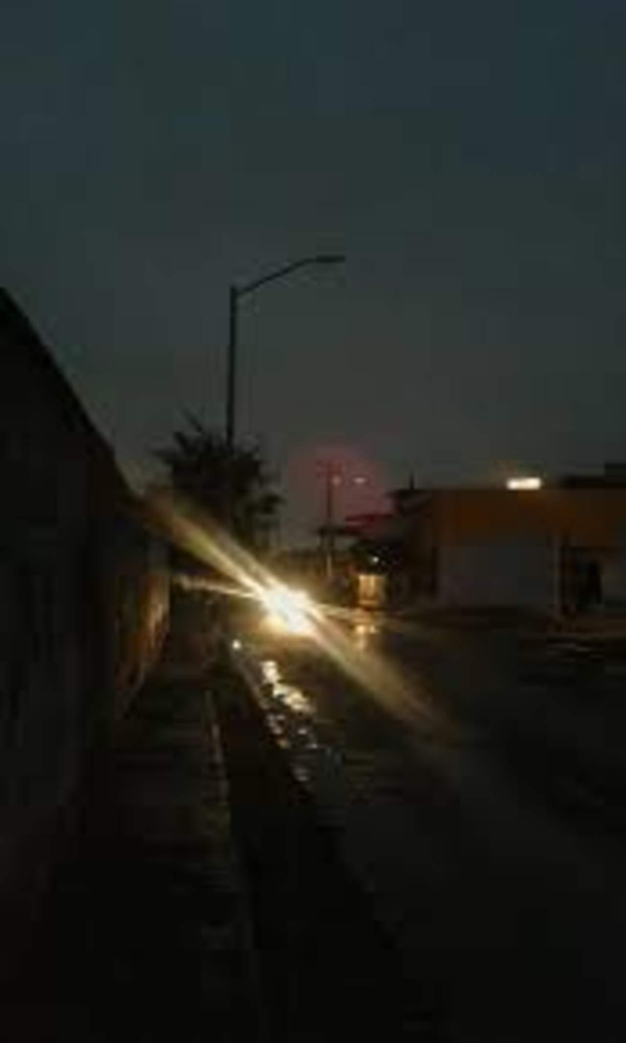 Falla en suministro eléctrico deja sin luz parte del oriente de Torreón