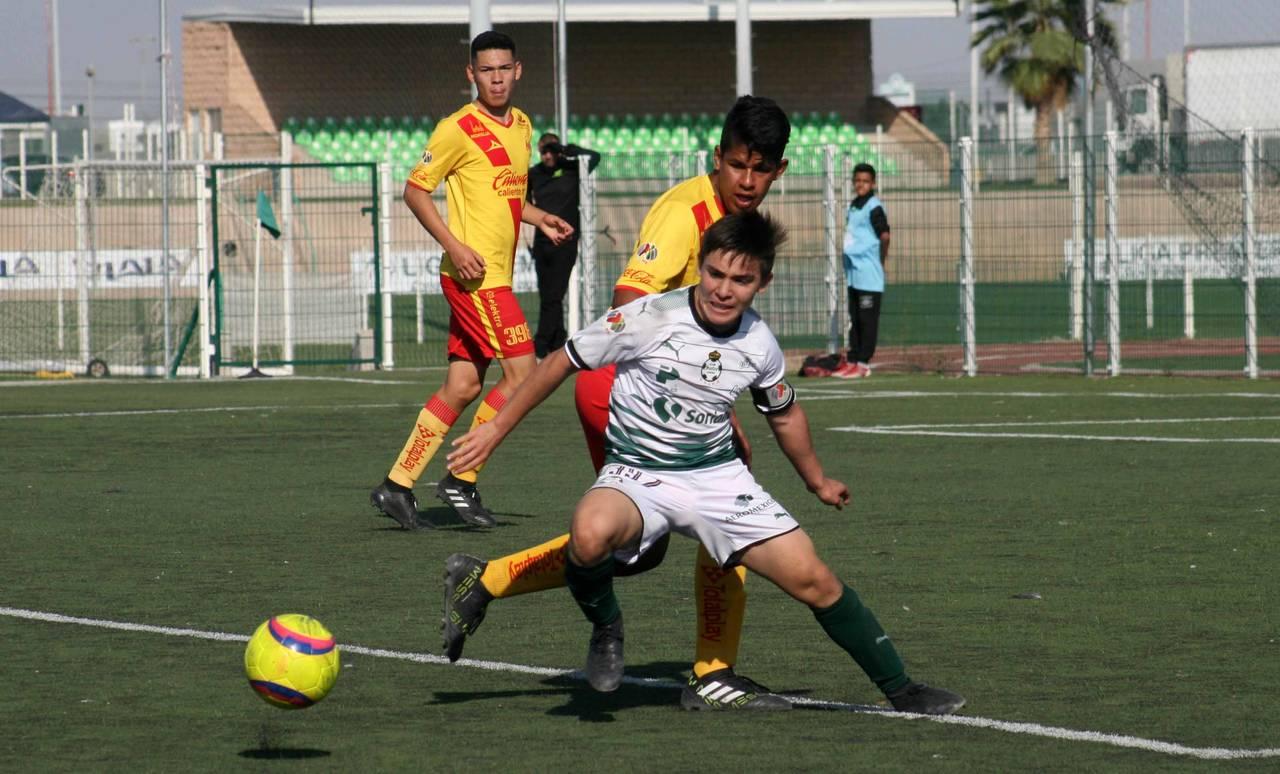 Trepidante empate de filial Sub-15 de Santos