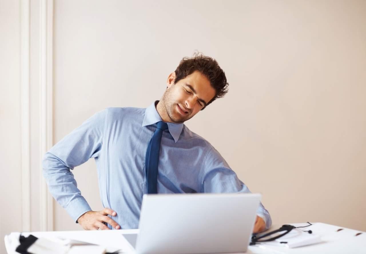 Hábitos de higiene postural previenen dolor lumbar