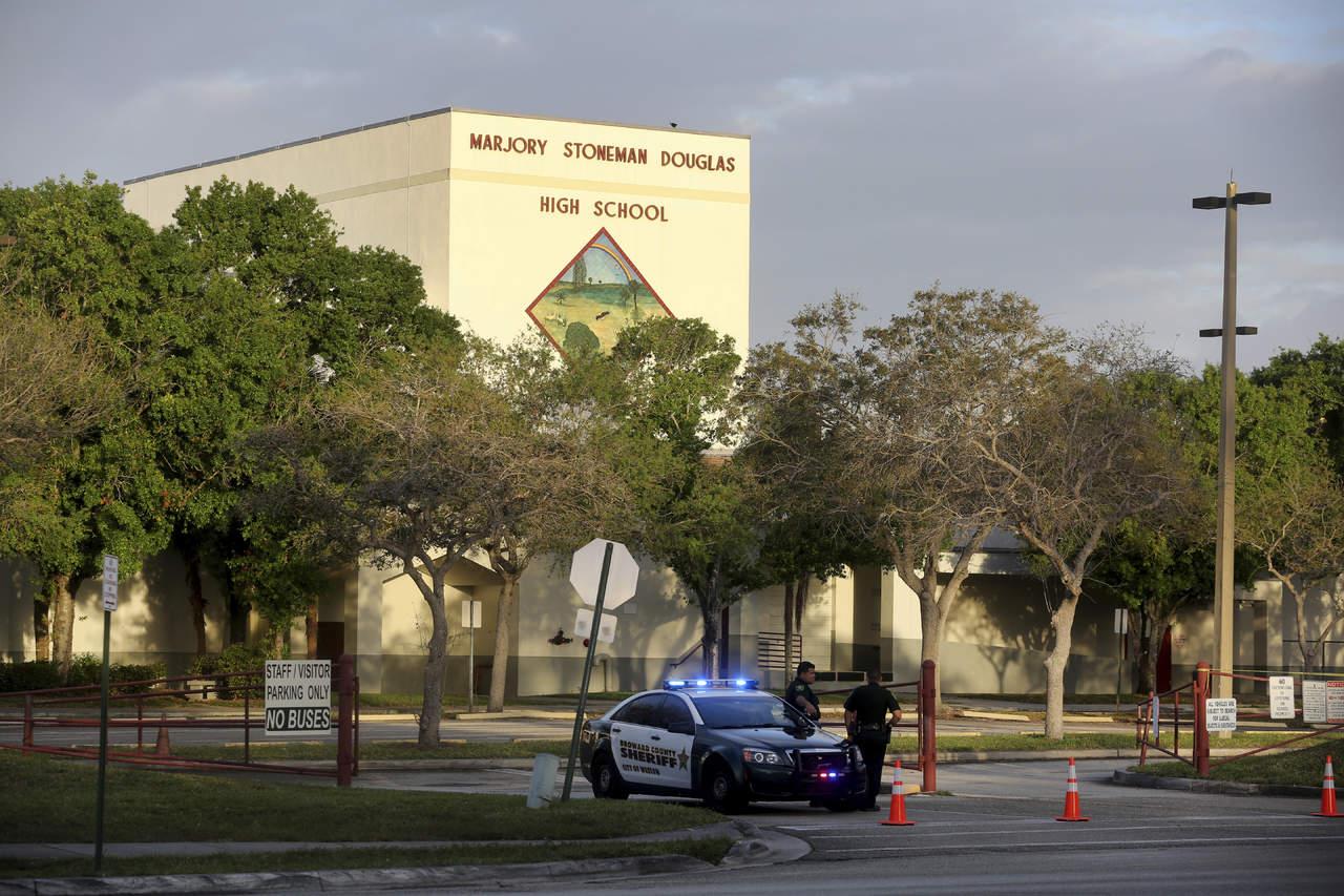 Cámara aprueba ley contra armas en Florida