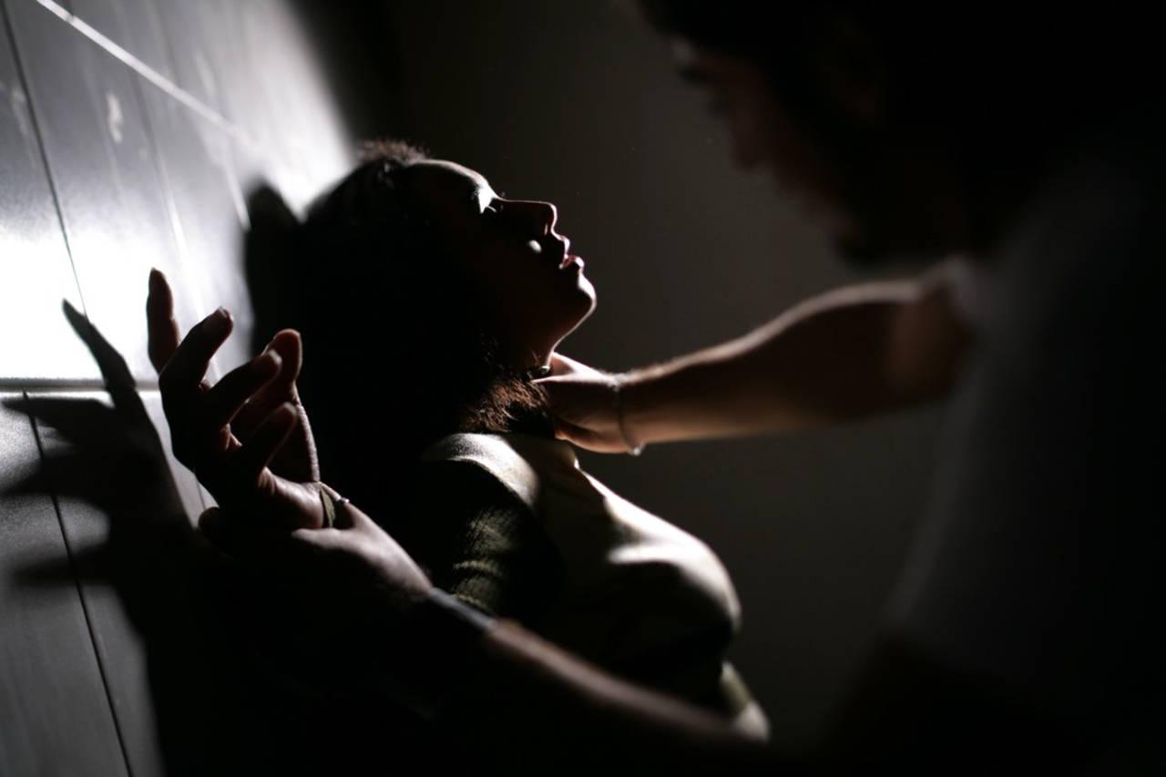 Violencia golpea a mujeres desde el hogar