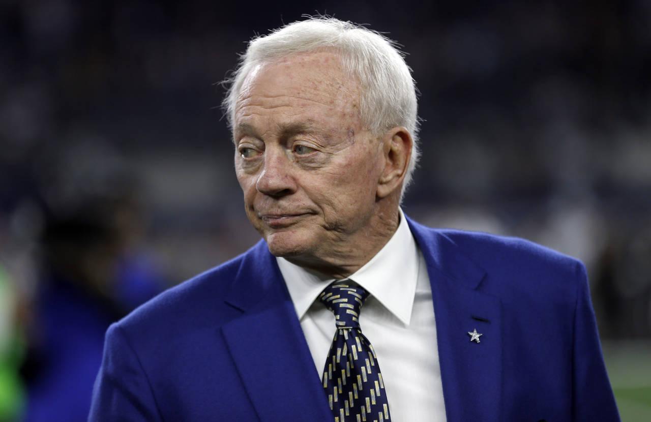 Jones reembolsa dos mdd a la NFL