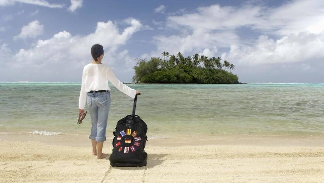 Mujeres prefieren viajar sin compañía