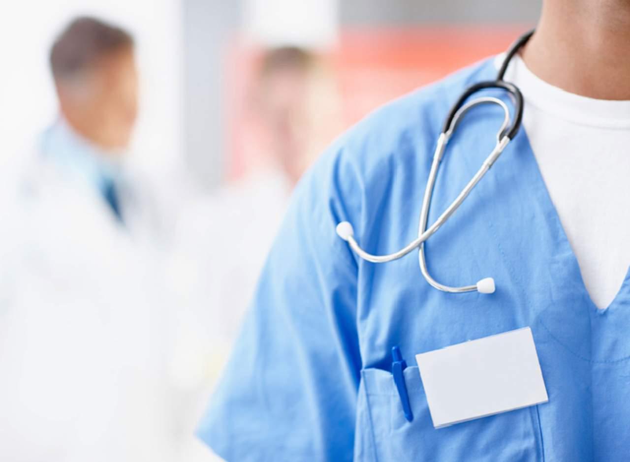 Médicos canadienses protestan por recibir aumento salarial