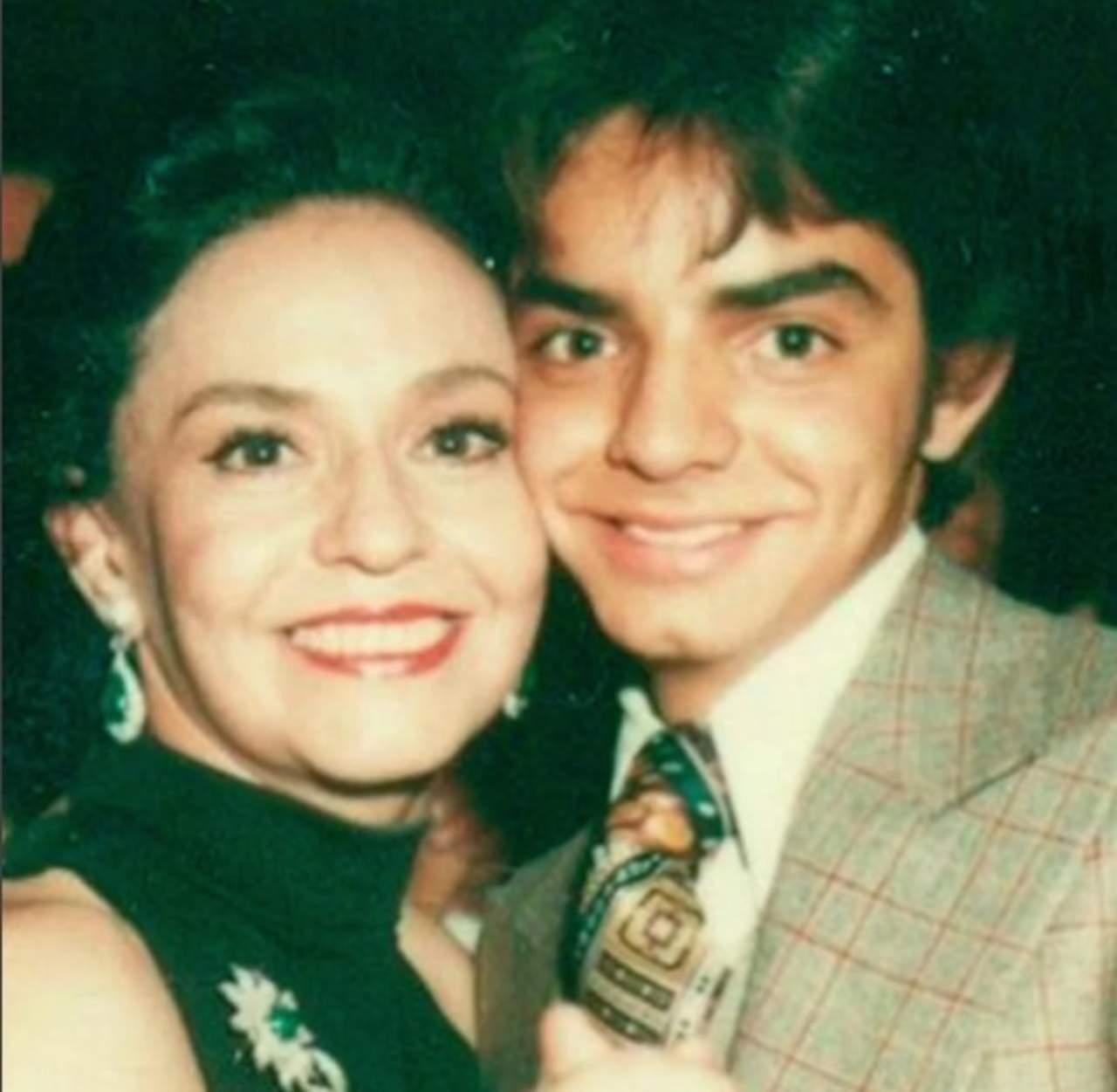 Derbez recuerda a su madre con emotivo video