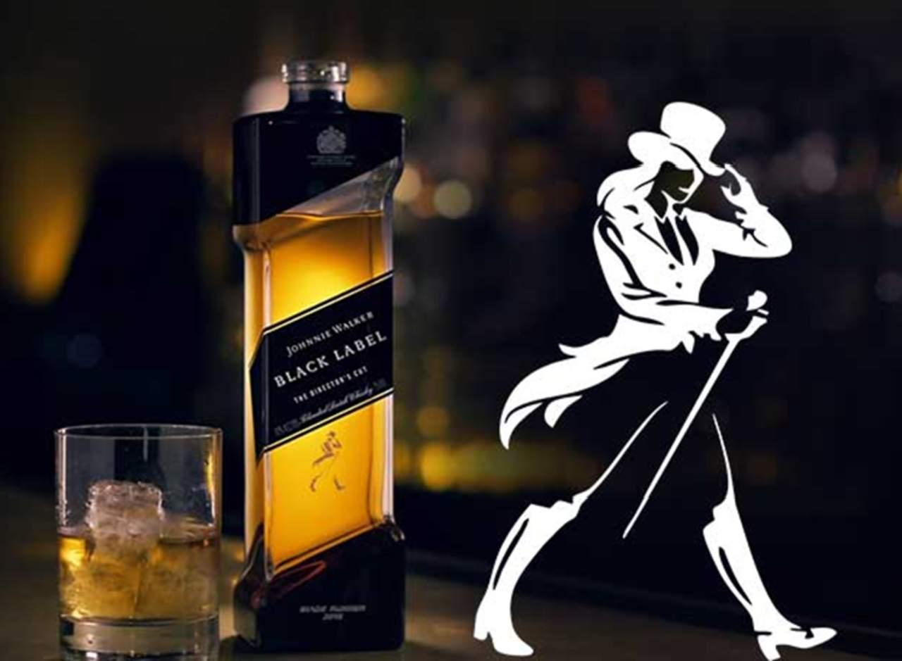 Johnnie Walker se convierte en Jane para celebrar a la mujer