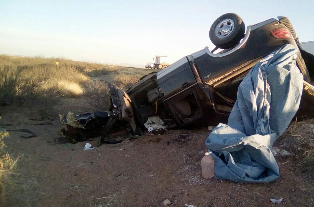 Mueren dos en choque en carretera Gómez Palacio-Jiménez