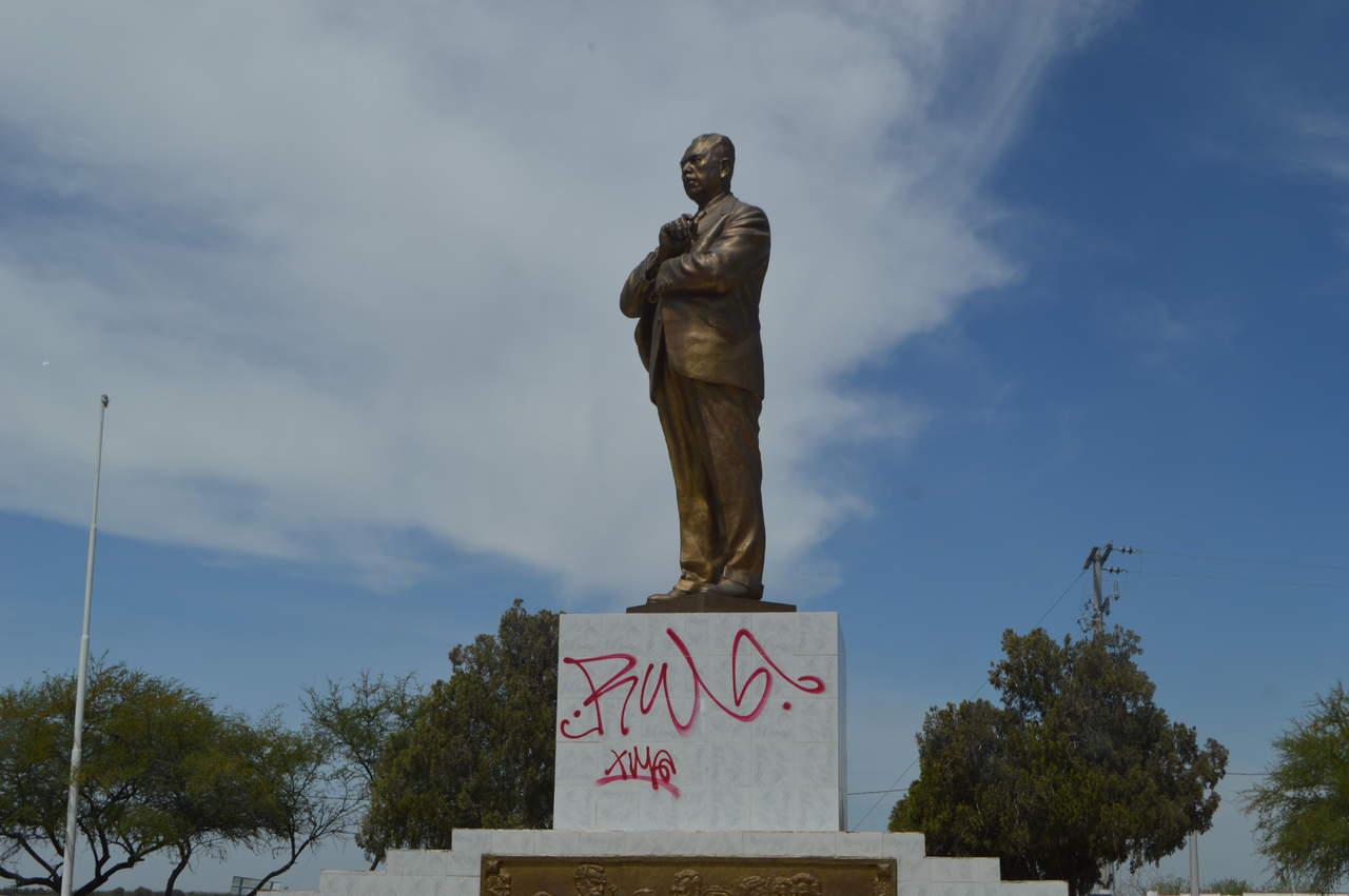 Vandalizan monumento a Cárdenas en San Pedro