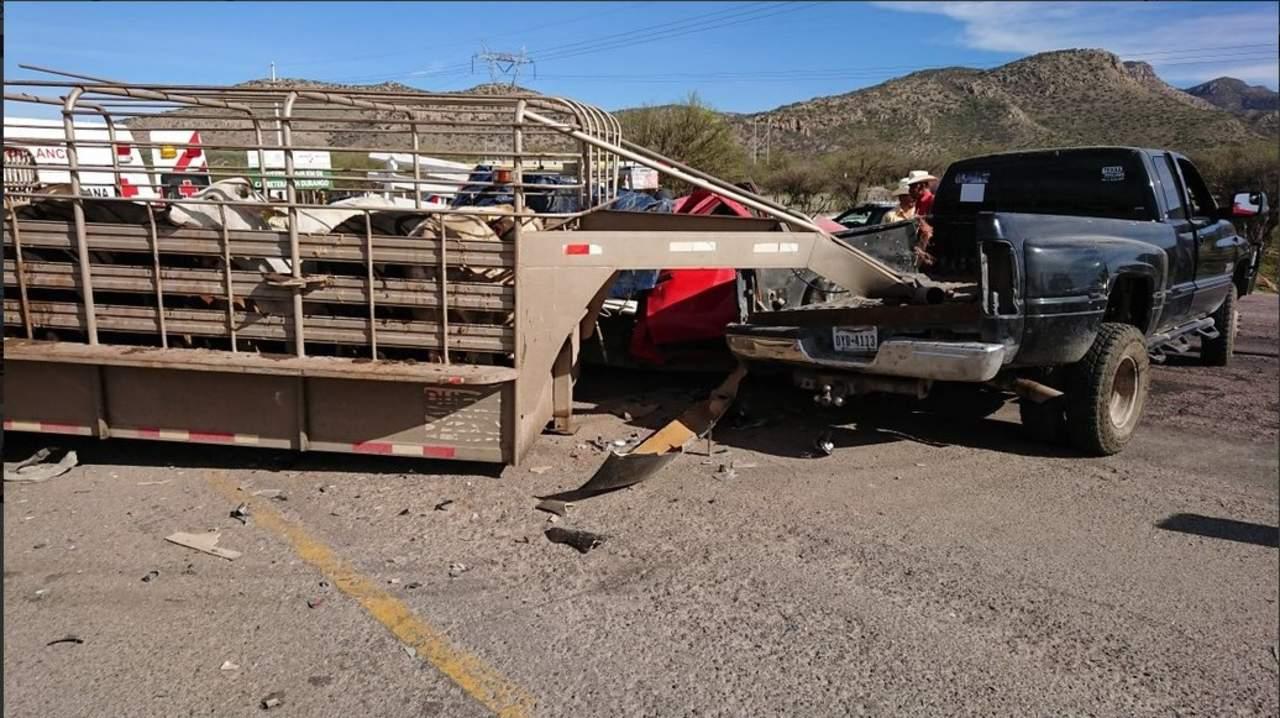 Choque en la Durango-México deja tres personas lesionadas