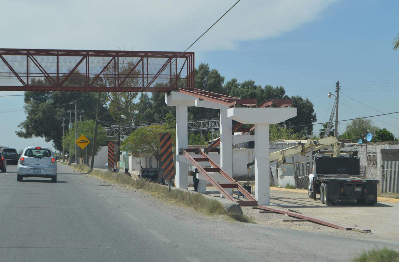 Piden acelerar obra de puente