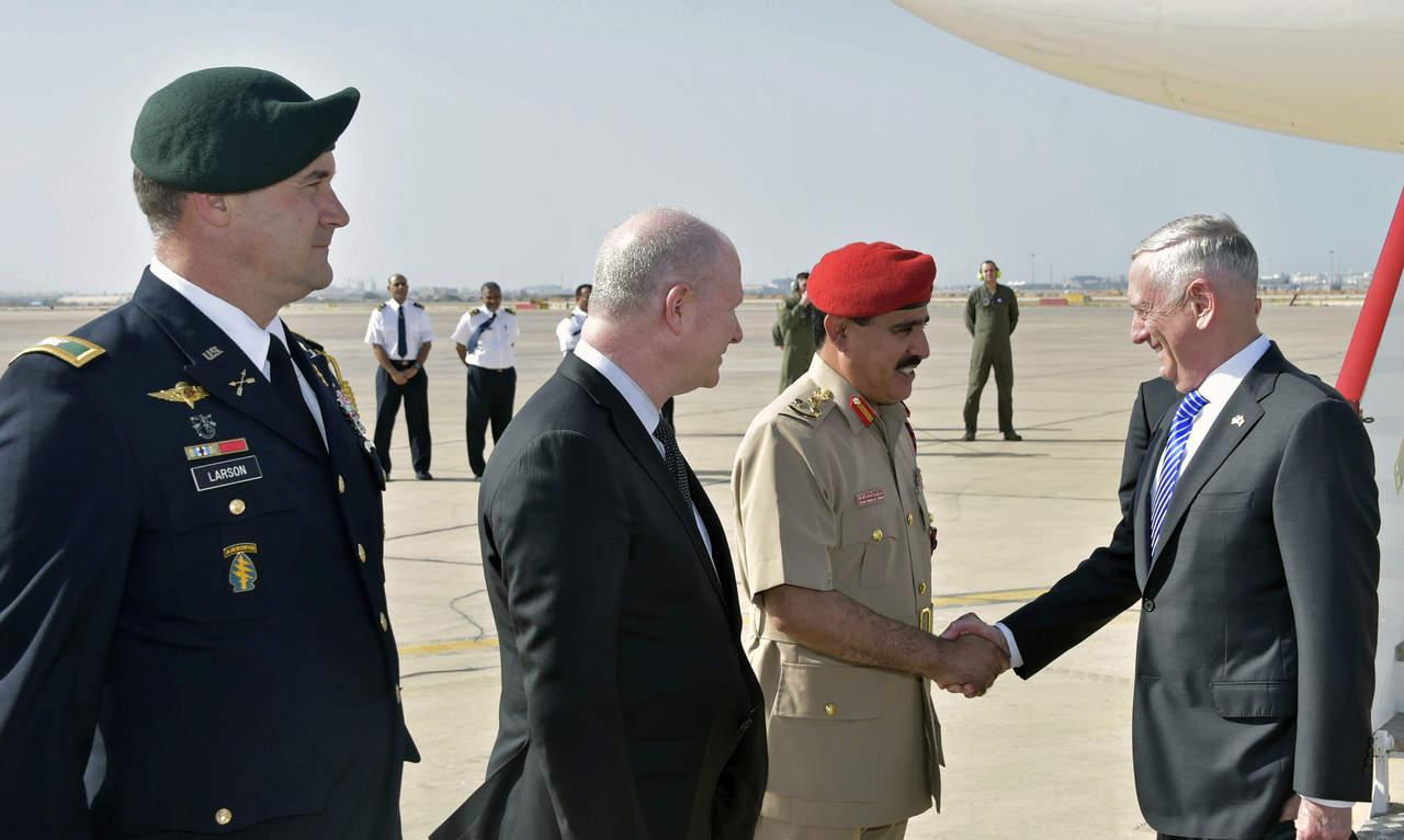 Secretario de Defensa de EU realiza visita sorpresa a Afganistán