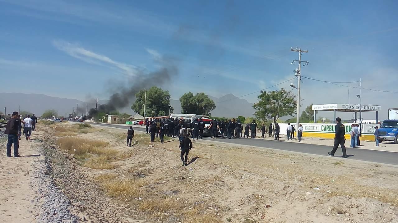 Maestros de Coahuila exigen liberación de detenidos en caso Chemours