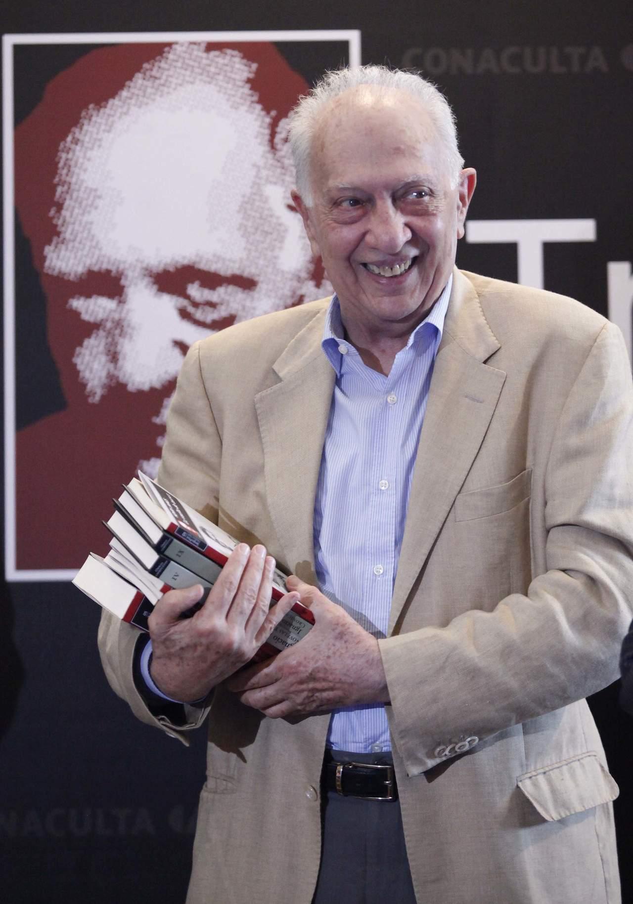 1933: Ve la primera luz Sergio Pitol, autor mexicano de culto