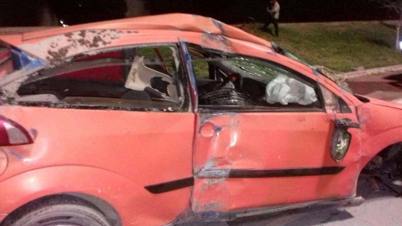 Se lesionan en una volcadura en Gómez Palacio