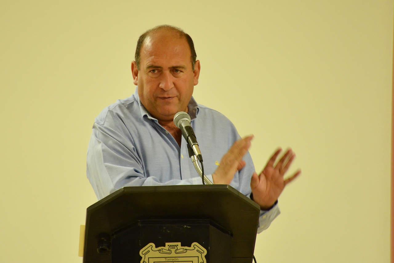 Va Rubén Moreira por diputación federal