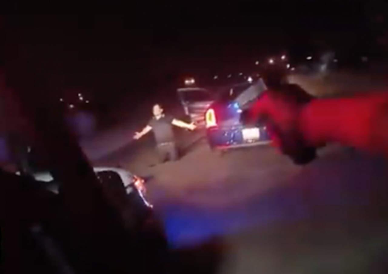 Policías matan a tiros a conductor en supuesto caso de racismo