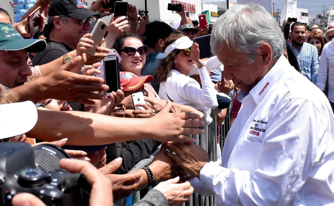 Advierte López Obrador ofensiva previo a debate