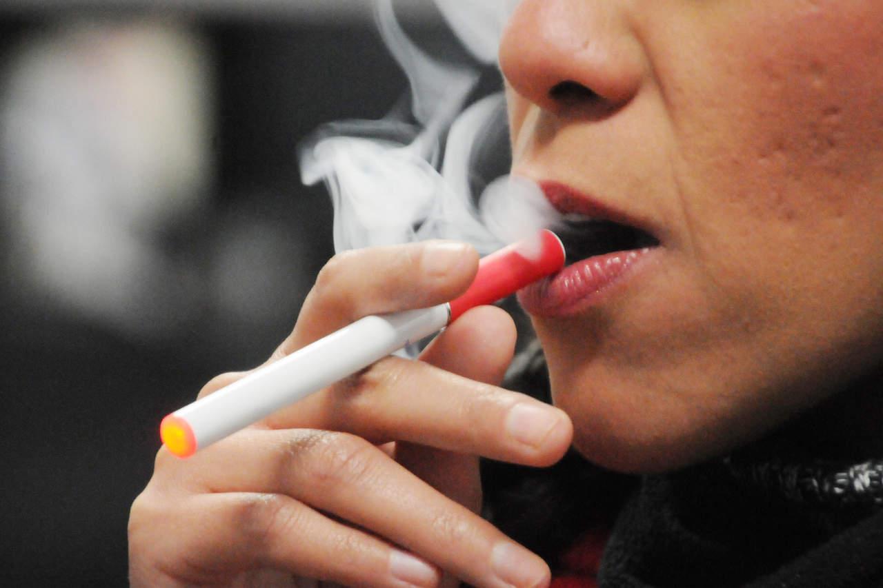 Cigarro electrónico, puerta de entrada al tabaquismo: UNAM