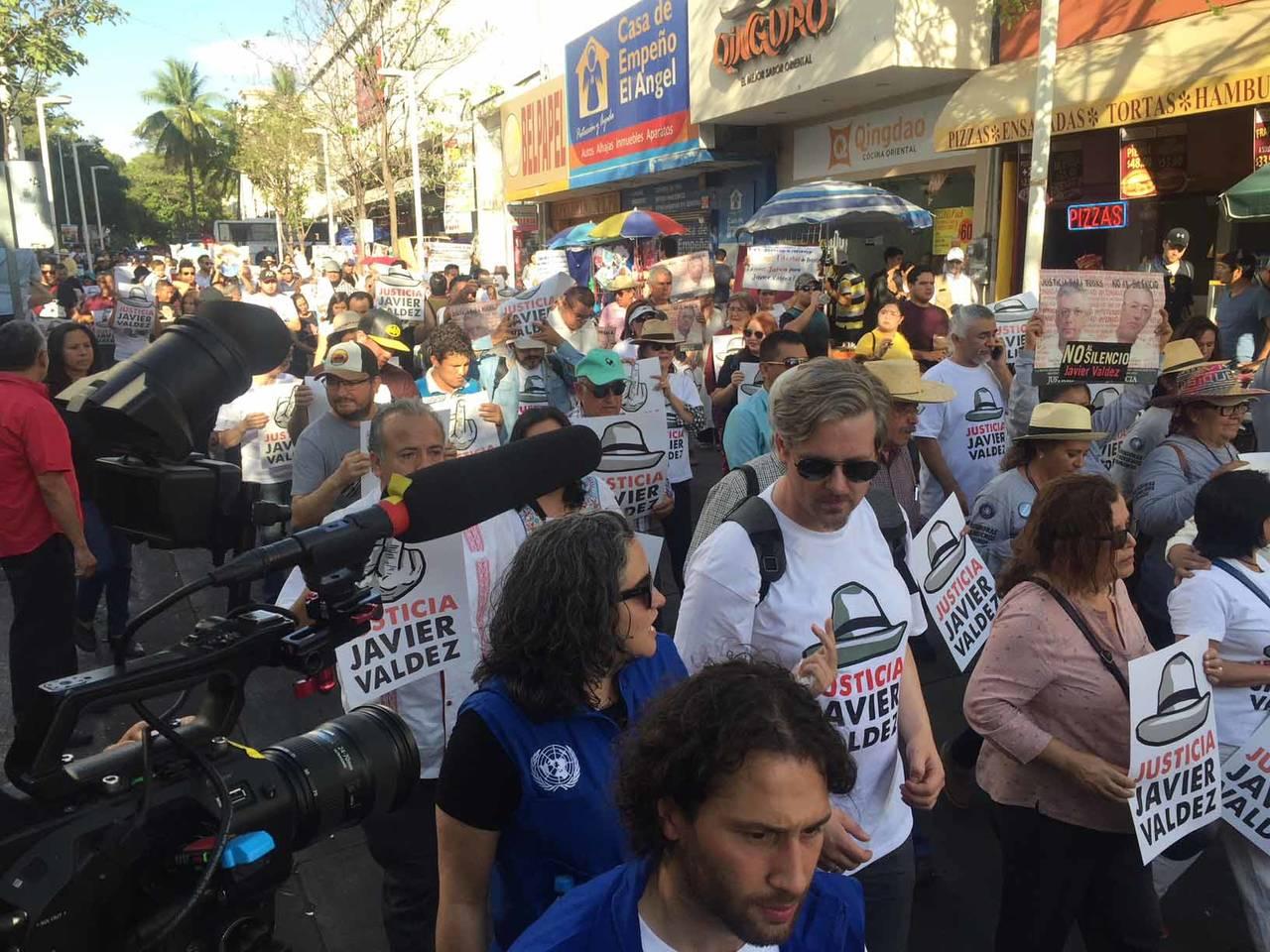 Con jornada nacional exigen justicia para Javier Valdez
