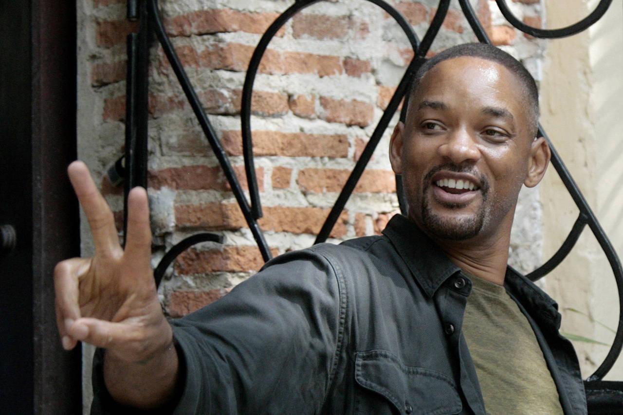 Smith deja Colombia tras un mes de cine
