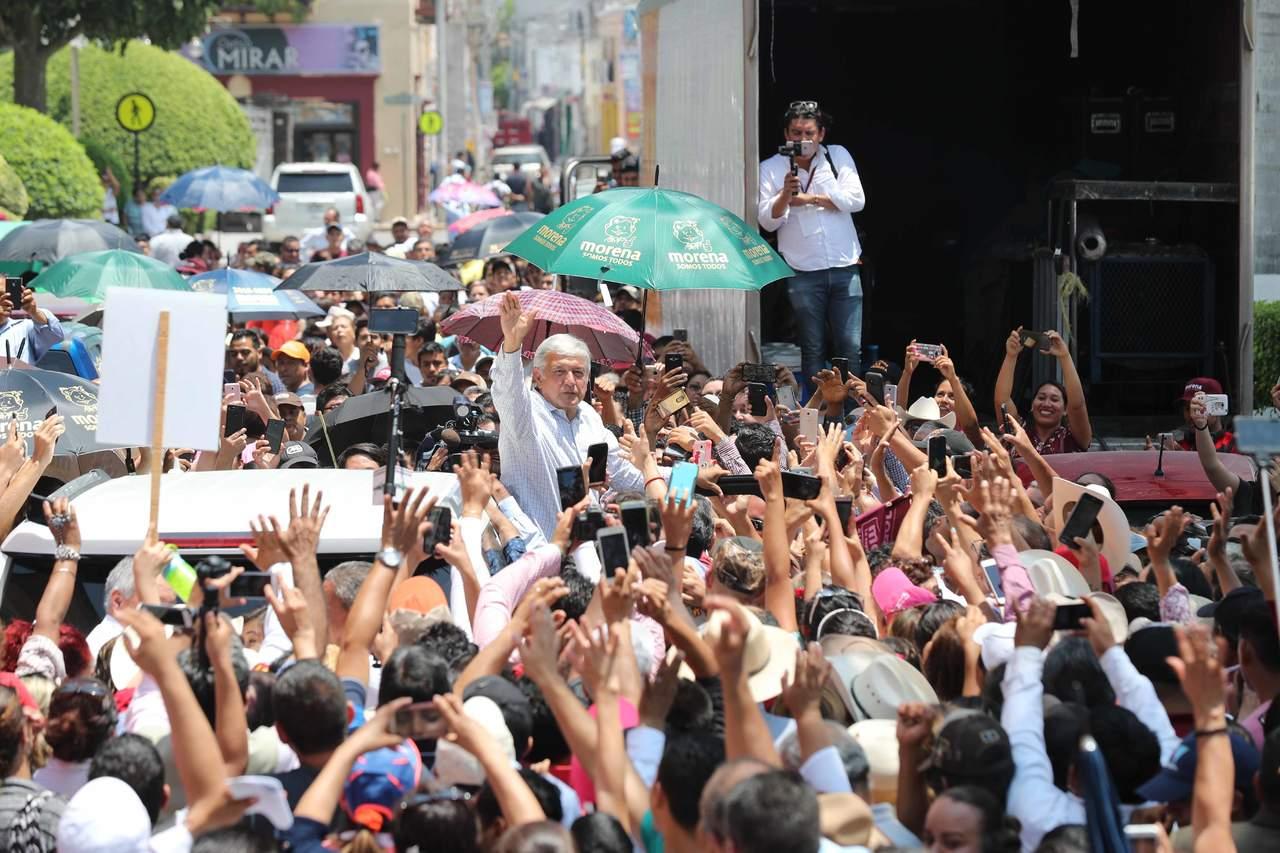 Discrepan dirigentes de la CNTE por apoyo a AMLO