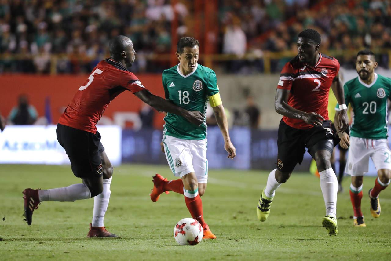 Guardado será evaluado de su lesión en Torreón