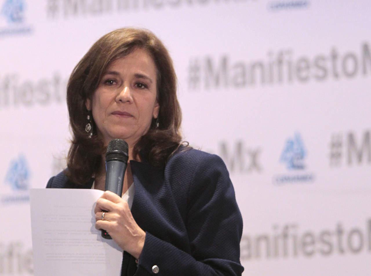 Zavala hace oficial su renuncia ante el INE