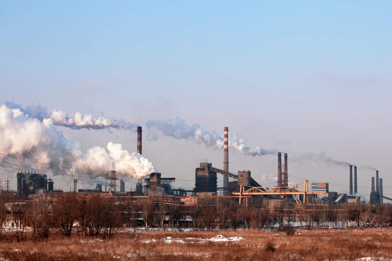 Convierten CO2 en combustible líquido limpio