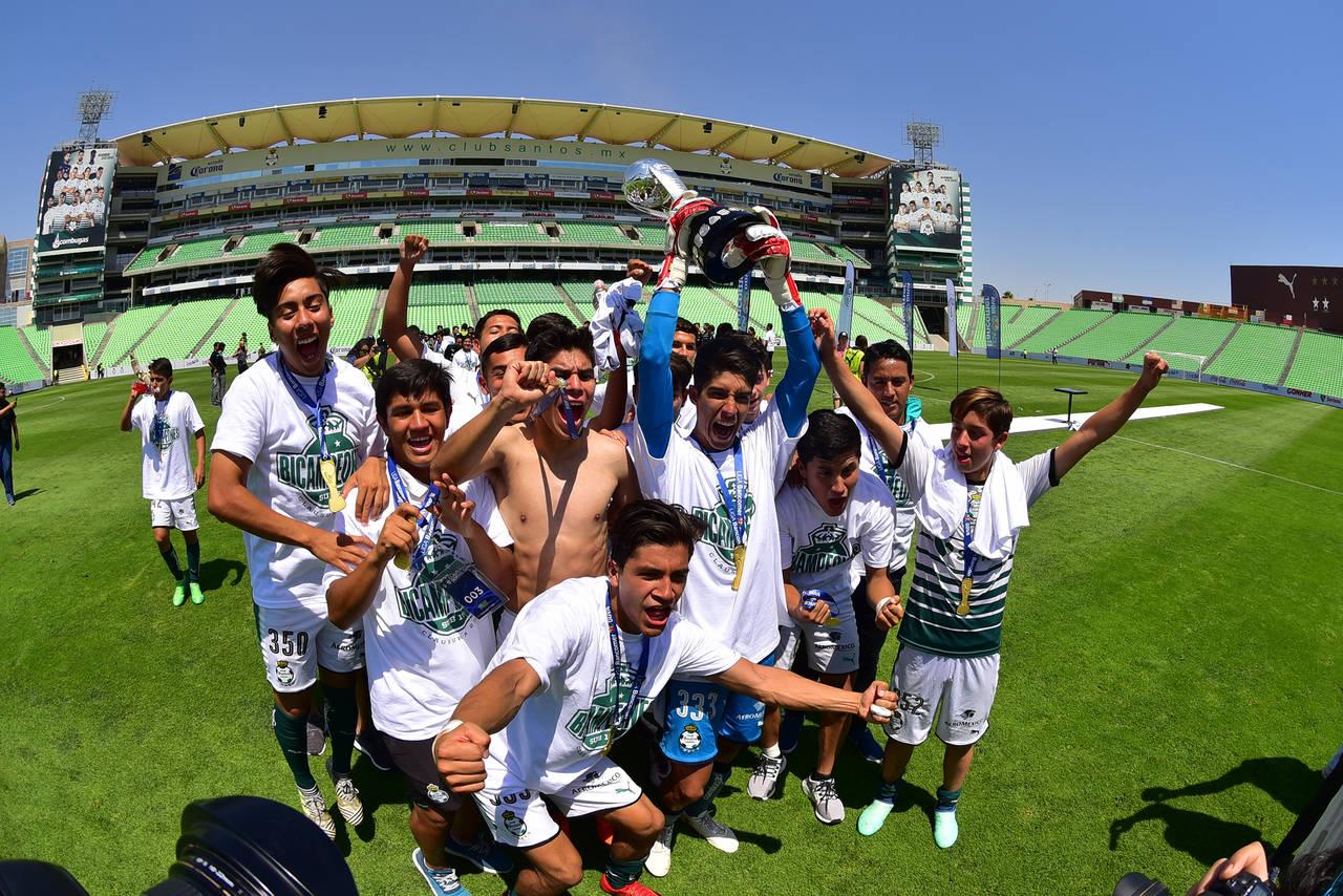Santos es bicampeón de la categoría Sub-17