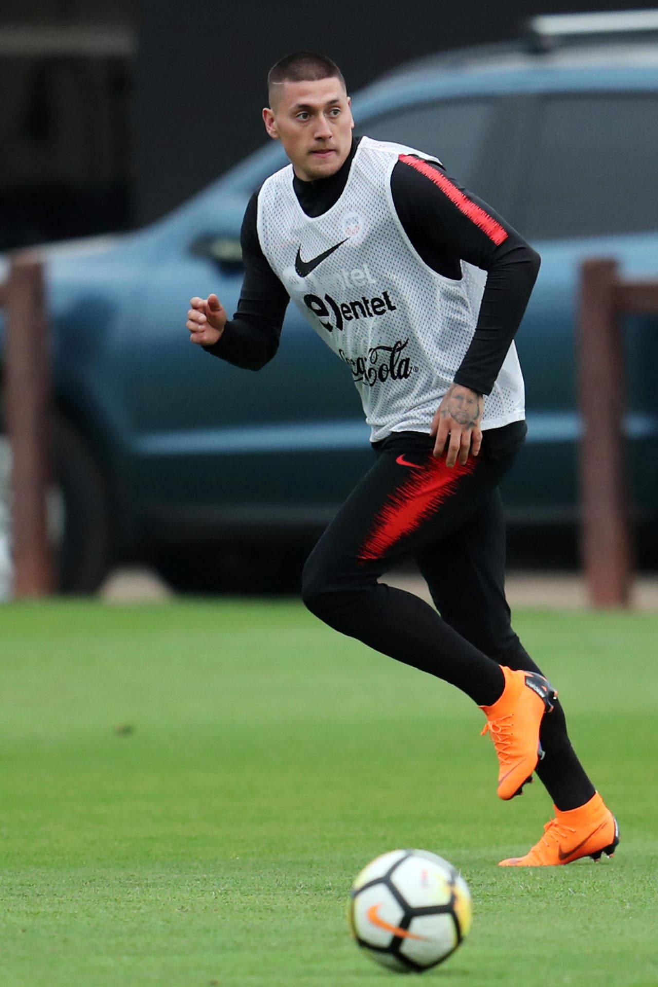 Castillo llega a Portugal para firmar con Benfica