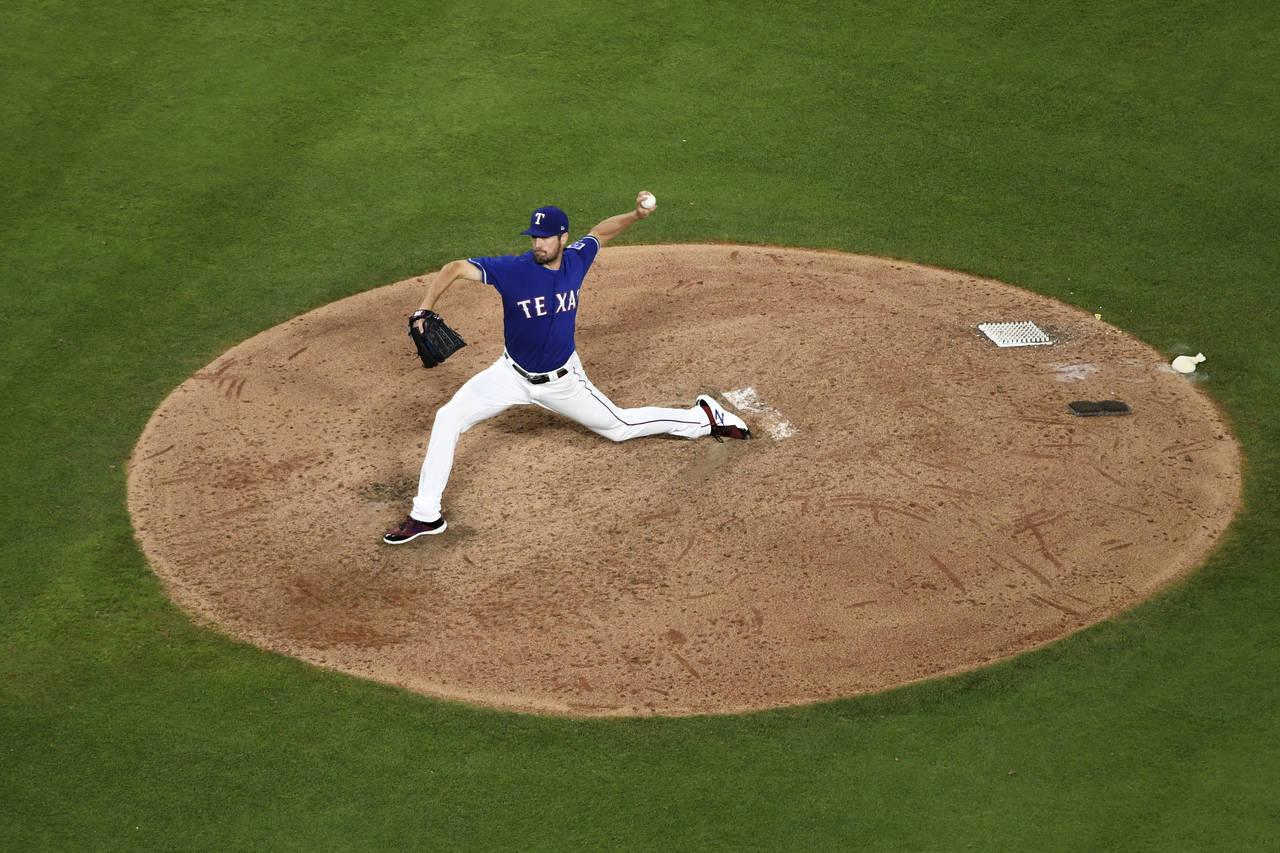 Rangers se impone a Yankees