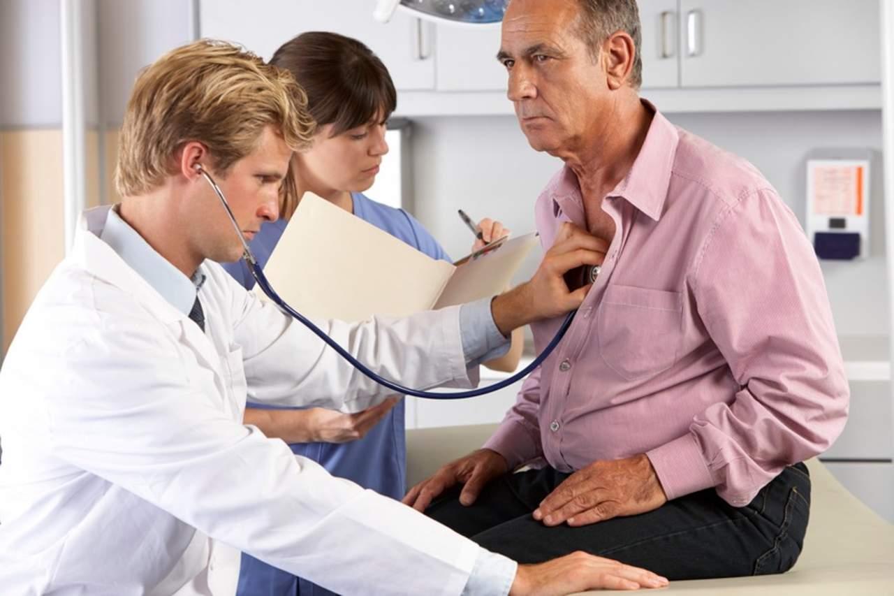 Invitan a los varones a realizarse chequeos médicos constantes
